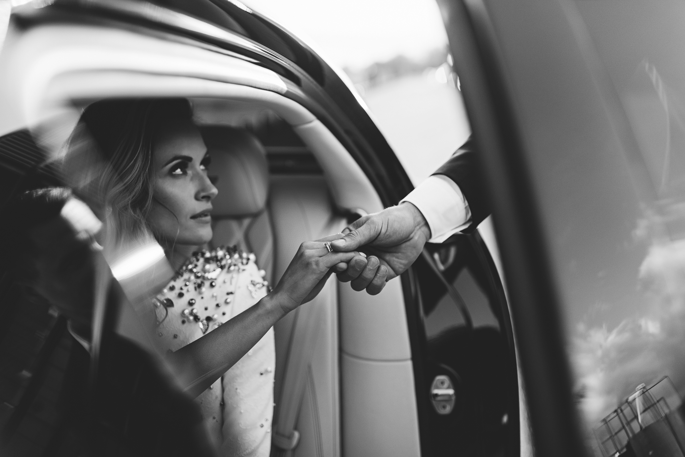 Kodėl vestuvių fotografo kaina tokia (ne)didelė?