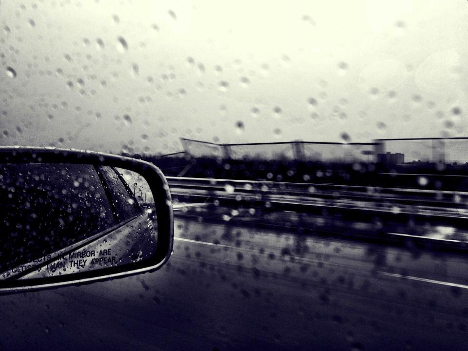 Automobilių stiklų perklijavimas reikalingas klaidingai juos įmontavus