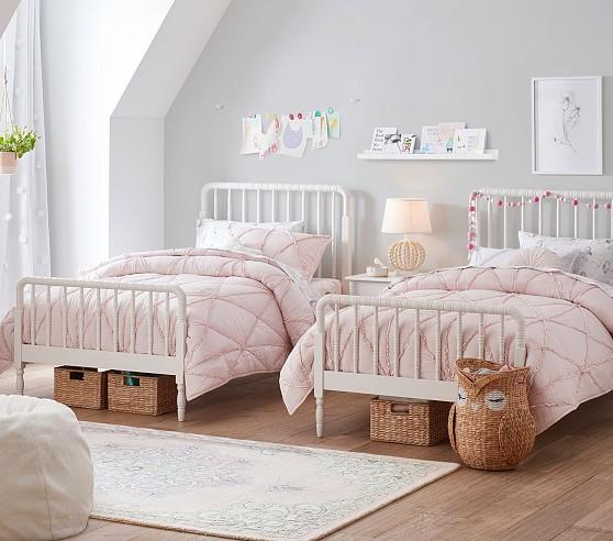 Vaikiskos lovos